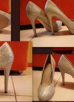Kup mój przedmiot na #vintedpl http://www.vinted.pl/damskie-obuwie/platformy/18150635-szpilki-zlotosrebrne-next