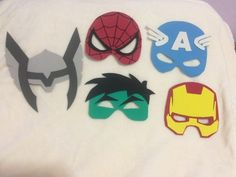 Máscaras Super Heróis Em Eva Boy Halloween Costumes, Diy Costumes, Halloween Diy, Lion King Crafts, Minion, Superman Birthday, Paper Pop, Super Hero Costumes, Fun Crafts For Kids