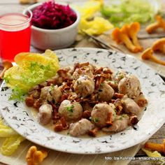 Pulpety drobiowe w sosie kurkowym Potato Salad, Potatoes, Chicken, Meat, Ethnic Recipes, Polish, Food, Vitreous Enamel, Potato