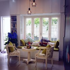 BOOK CORNER KCONCEPT INTERIOR DESIGN Book Corners, Valance Curtains, Relax, Interior Design, Home Decor, Nest Design, Decoration Home, Home Interior Design, Room Decor