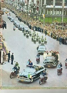 President John Fitzgerald Kennedy in Dublin, Ireland in June Irish American, American History, American Presidents, Obama And Biden, Presidential History, John Fitzgerald, Dublin City, John Kennedy, Dublin Ireland