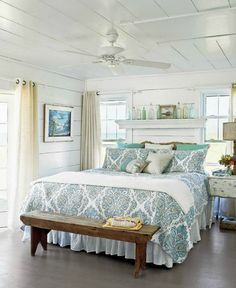 Nautical, Coastal, and Beach Decor - Guest Room; I\'d add more color ...
