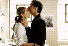 """Jude Law and Julia Roberts in """"Closer"""""""