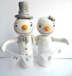 Winter Wedding Cake Topper Snowmen in Love by indigotwinweddings, $75.00