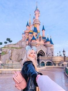 Travel | A Guide To Disneyland Paris On A Budget