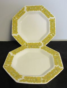 Vintage Independence Ironstone Dinner Plates Interpace Yellow Bouquet  #IndependenceInterpaceJapan