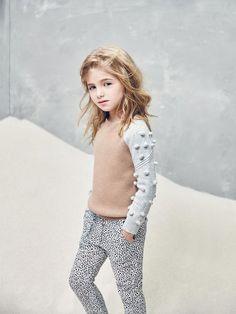 Nellystella Snowdrop Sweater in Camel Little Kid Fashion, Cute Kids Fashion, Toddler Fashion, Fashion Children, Stylish Winter Outfits, Stylish Kids, Winter Fashion Outfits, Young Fashion, Girl Fashion