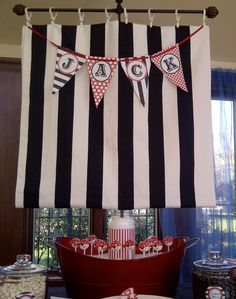 Pirate Party Cake Pops in tub ship...cute display idea!!