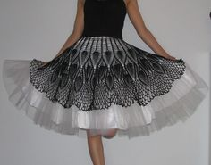 I MUST have this skirt. I'm so sure I can make it happen if I just put my mind to it.