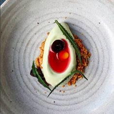 Award-winning Hackney restaurant serving a weekly changing set menu of modern European food. London Eats, Tasting Menu, Seasonal Food, London Restaurants, Avocado Toast, Wines, Mousse, Dining, Breakfast