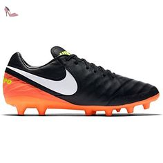 Nike Magistax Proximo II TF, Chaussures de Football Homme, Amarillo (Volt/Black-Hyper Turq-Total Orange), 42.5 EU