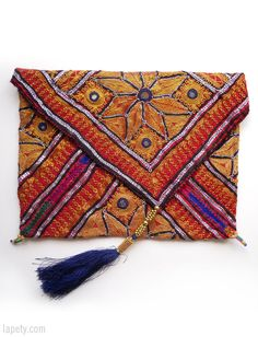 Clutch from Pakistan | Lapety.com Wedding Clutch, Bags, Ideas, Satchel Handbags, Purses, Accessories, Bushel Baskets, Handbags, Thoughts