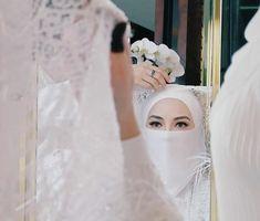 Niqab, Luxury Wedding Dress, Wedding Dresses, Muslimah Wedding Dress, Hijab Cartoon, Women's Fashion, Muslim Women, Bride Dresses