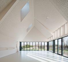 Дом творчества в здании классической формы во Франции (Интернет-журнал ETODAY)