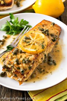 Make this restaurant-quality Pan Seared Halibut with Lemon Caper Sauce for a special occasion at home. Tender white fish smothered in a buttery lemon caper sauce! Tilapia Recipes, Salmon Recipes, Pan Seared Halibut Recipes, Baked Halibut Recipes, Pan Seared Tilapia, Seafood Recipes, Grilled Fish Recipes, Lemon Butter Caper Sauce, Seafood Dinner