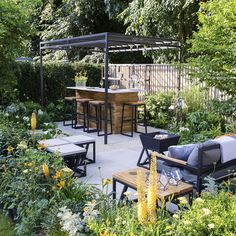 Vegetable Gardening For Beginners Outdoor Kitchens Ideas And Designs For Your Alfresco Cooking Space intended for [keyword kitchen Hamptons Vegetable Garden For Beginners, Gardening For Beginners, Vegetable Gardening, Outdoor Entertaining, Outdoor Fun, Outdoor Decor, Outdoor Kitchen Bars, Outdoor Kitchens, Backyard Kitchen