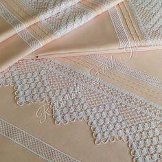 """224 Beğenme, 3 Yorum - Instagram'da Rabia piko çeyiz ev tekstili (@rabiapiko): """"✨✨Nevresim takımı uç ve ara dantelini pamuk satene çalıştık Sipariş ve bilgi için dm veya…"""""""