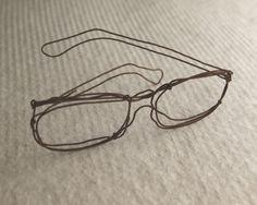 http://lafactoriaplastica.com/wp-content/uploads/2012/07/wire-minato_glasses.jpg