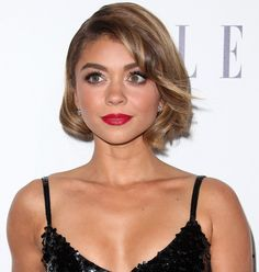 """Sarah Hyland Desperately Needs a Pedicure in """"Nudist"""" Sandals"""