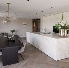 Loft Kitchen, Kitchen Dining Living, Kitchen Interior, Kitchen Decor, Interior Decorating, Interior Design, Cuisines Design, Modern Kitchen Design, Home And Living