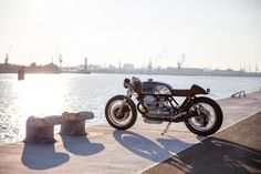 Beautiful! A Moto Guzzi Le Mans with V11 power from Kaffeemaschine