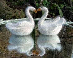 en el pais de la piruleta...: Cisnes a crochet