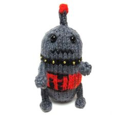 Free Knitting Pattern - Amigurumi: Pocket-Sized Robot