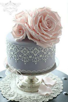 Elegant Leslea Matsis Cake