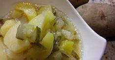 Výborný zemiakový šalát bez majonézy, tradičný recept. Zemiakový šalát nesmie chýbať na žiadnom vianočnom stole. Vyskúšajte túto jednoduchú variáciu. Šalát je nielen chutný, ale má aj málo kalórii. Salads, Soup, Favorite Recipes, Ale, Ethnic Recipes, New Years Eve, Ale Beer, Soups, Salad