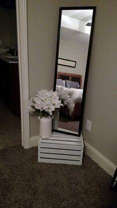 Free Standing Mirror, No Hooks