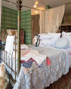 I have this bed cover in white. I love Lazy bones. My haunt when I visit Bangalow lazybones.com.au