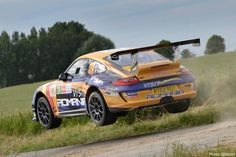 François flying on day two of #YpresRally: pulled five seconds back on Dumas in SS9 #tuthillporsche