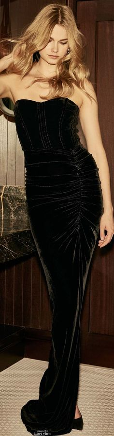Veronica Beard Resort 2017 l Ria jαɢlαdy Glamour, Velvet Fashion, Veronica Beard, Beautiful Gowns, Couture Fashion, Women's Fashion, Evening Gowns, Cool Outfits, Fashionable Outfits