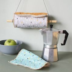 Discover recipes, home ideas, style inspiration and other ideas to try. Recycling, Reuse Recycle, Paper Towel Crafts, Paper Towel Rolls, Reduce Reuse, Reduce Waste, Green Life, Sustainable Living, Zero Waste