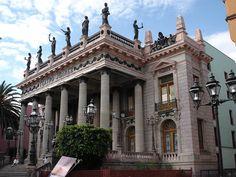 Teatro Juárez (Teather Juarez).