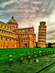 20 Beautiful Places Worth to Visit One Day (Part 1) - The Leaning Tower of Pisa, Italy