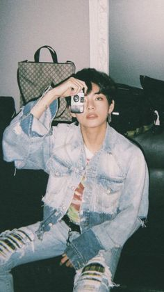 """Kim Taehyung& aesthetic photos CTTO of these photos:) /any photo requests? just DM me and I& post it! Taehyung Selca, Jhope, Taehyung Cute, Bts Bangtan Boy, Bts Jimin, Bts Lockscreen, Taehyung Wallpaper, V Bts Wallpaper, Wallpaper Backgrounds"