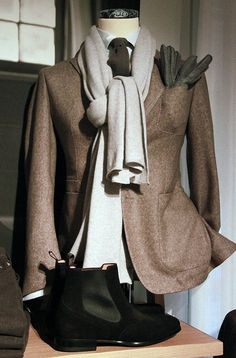 Great jacket. Tie and scarf are also cool.