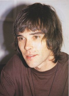 Ian Brown (February American guitarist, singer and songwriter, o. known from the band the Stone Roses. Oasis Music, Hair Today Gone Tomorrow, Paul Weller, Alternative Rock Bands, Stone Roses, Band Photography, Britpop, Indie Kids, Pretty Men