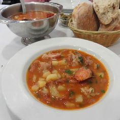 Stone Soup, traditional Portuguese soup from the town of Almeirim in Ribatejo, Portugal Soup Recipes, Great Recipes, Yummy Recipes, Portugal, Portuguese Recipes, Portuguese Food, Stone Soup, International Recipes, Soup And Salad