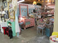 Phoenix Scrapbook Store at the Brass Armadillo Antique Mall in Goodyear, AZ...