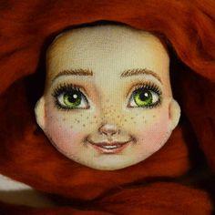 Ну вот и мы! Милые, озорные, улыбчивые! #процесс#тыквоголовка#свободная#куколка#текстильнаяигрушка#текстильнаякукла#рукоделие#сделаноруками#handmade#instalove#instasize#хобби#hobby#люблюшить#dolls#toys#KaterinaSokolova#хендмейд#шьемкуклу#своимируками#рукодельница#игрушки#куклы#textildoll#artdoll#art#livemaster#творчество#куклаизткани#рыжая