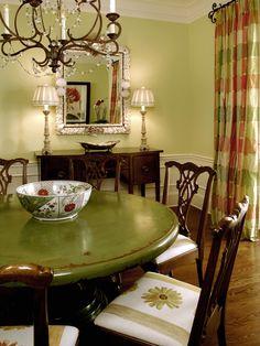 Dalton Designs included Niermann Weeks Avignon Chandelier in this dining room.  niermannweeks.com #NiermannWeeks