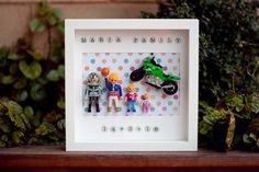 TABLEAU PERSONNALISÉ PLAYMOBIL · Famille et moto par HandyMamy sur Etsy https://www.etsy.com/fr/listing/287711243/tableau-personnalise-playmobil-famille