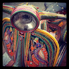 Painted Vespa, Shot in front of Big Bear Cafe {via @Geoff Green-Armytage Green-Armytage Dudgeon }