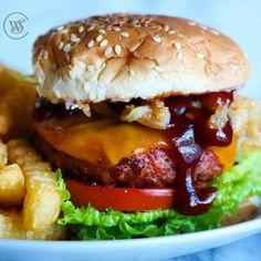 Crispy Onion BBQ Beyond Burger | Healthy Vegan & Vegetarian Recipes | Beyond Meat - The Future of Protein™
