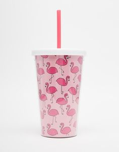 Flamingo cup with straw Flamingo Print, Pink Flamingos, Cute Water Bottles, Images Disney, Cute Cups, Cup With Straw, Plastic Design, Pink Plastic, Orange Book