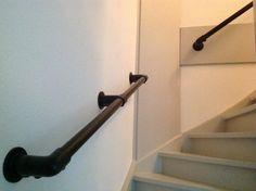 Zwarte Buiskoppelingen Ø 26.9 | 33.7 | 42.4 | 48.3 | webshop Stair Landing, House Inside, Wood Crates, Next At Home, Stairways, My Dream Home, House Plans, Sweet Home, Indoor