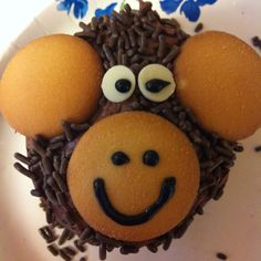 Monkey cupcakes for birthday party.