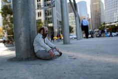Isaac Cordal artist uses miniature sculptures called Cement Eclipses amongst urban streets to criticise modern society. Small interventions in the big city.